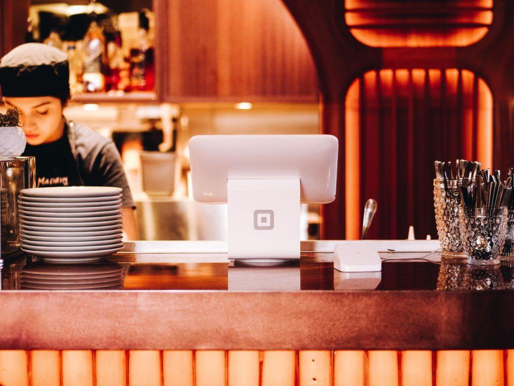 Hoe start je een restaurant: Een horeca kassasysteem kopen